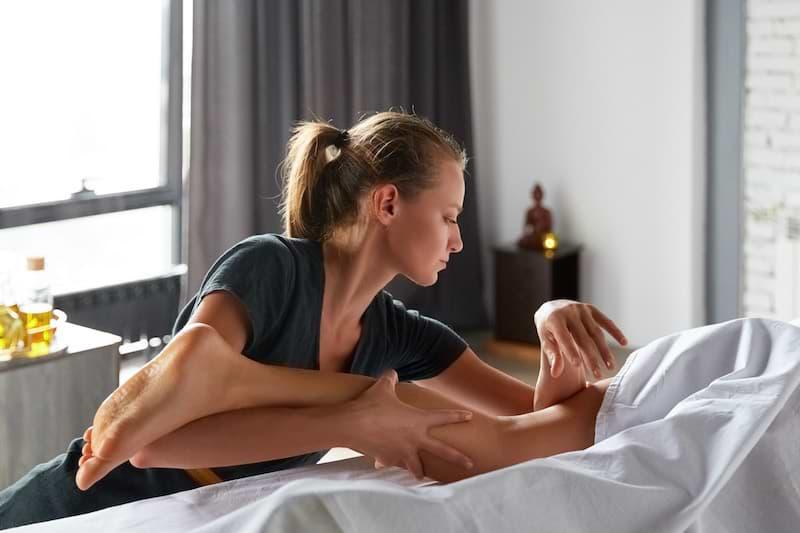 Dornova metóda Breussova masáž