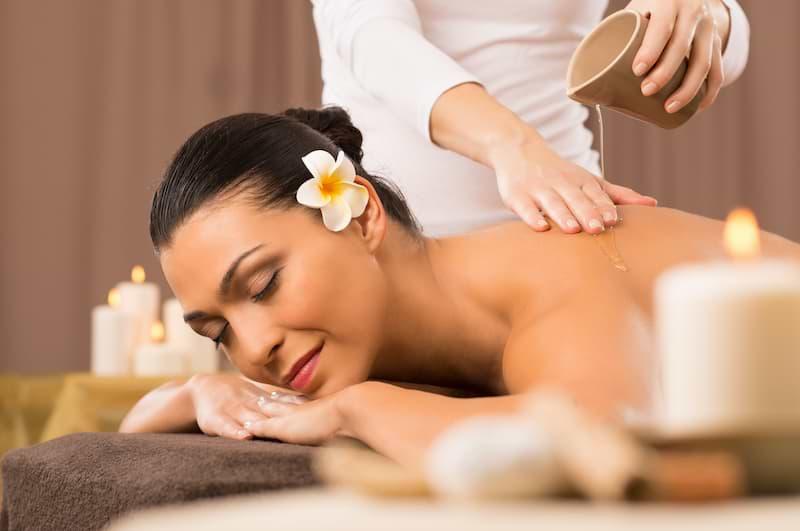 Tradičná thajská olejová masáž